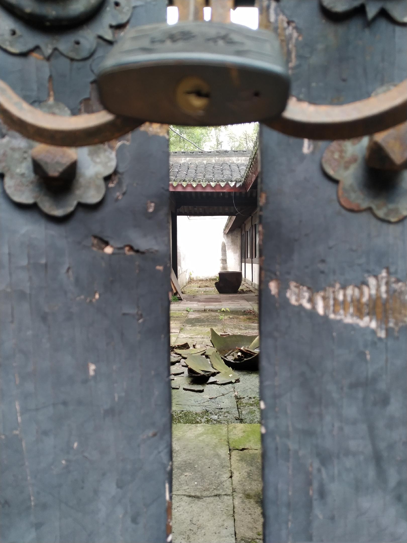 旧门旧锁旧时光